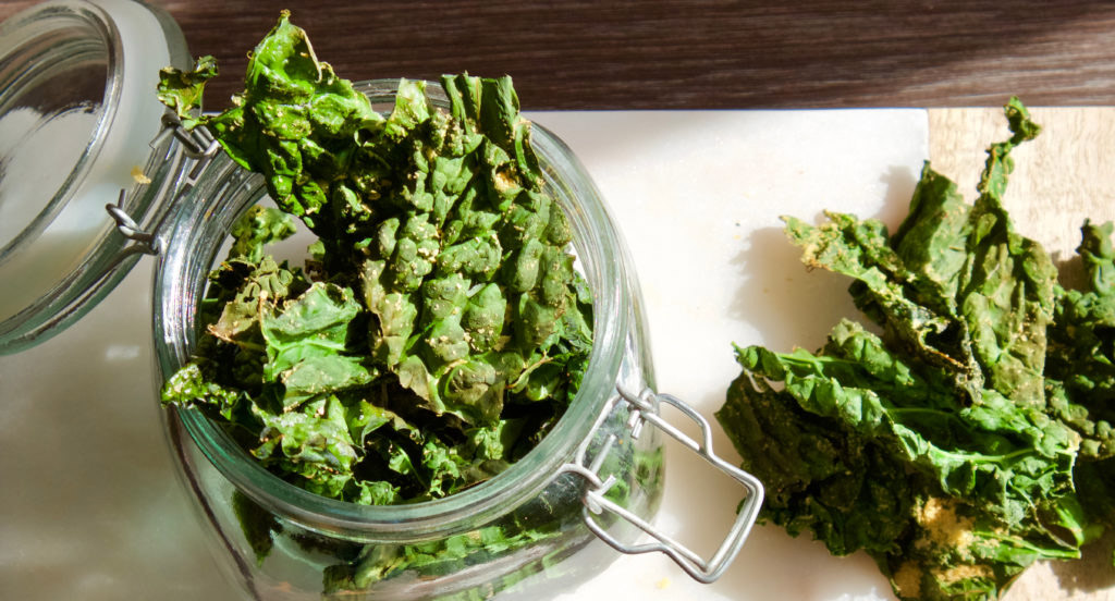 10 Minute Kale Crisps